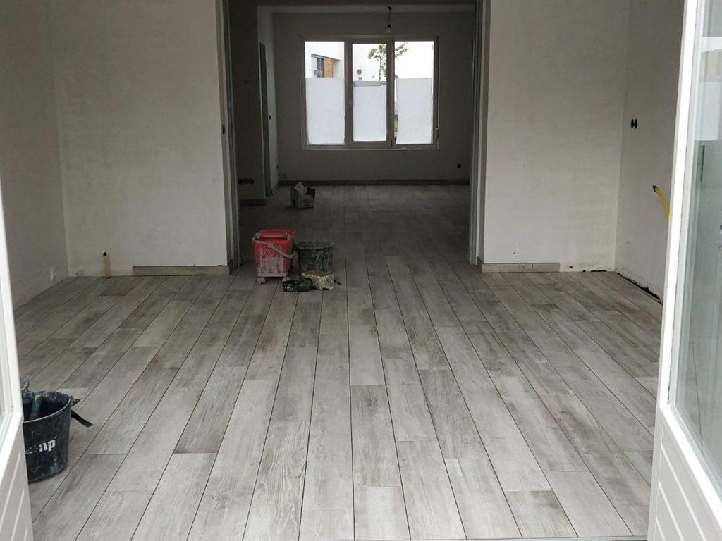 Vloer met vloerverwarming door Kessels Tegels en Natuursteen